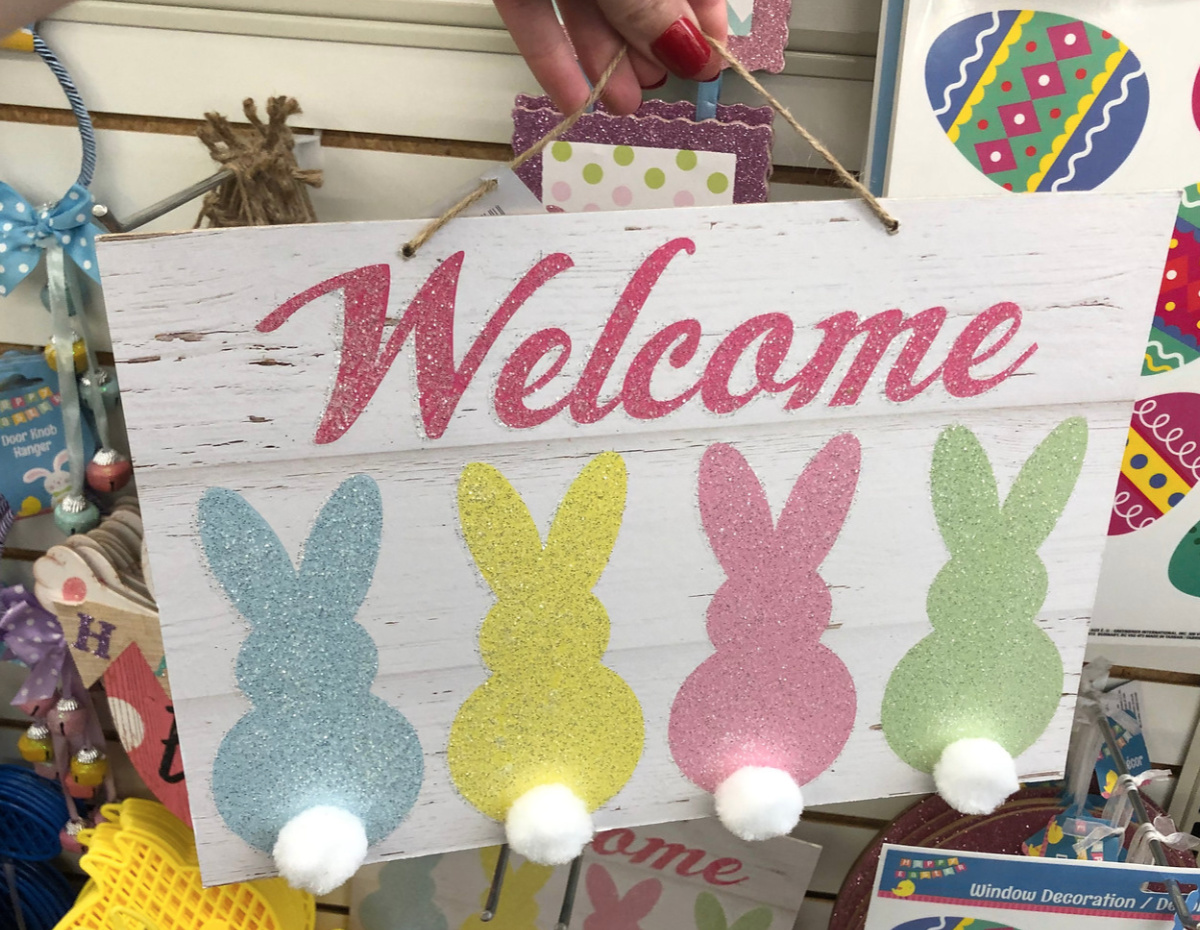 bunny welcome sign at Dollar Tree