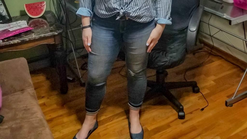 walmart wednesday — jessica wearing levi jeans from walmart