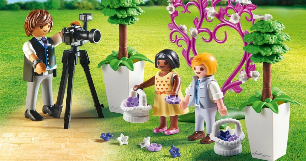 7027b2d20de3 Hop on over to Amazon where they are offering up some sweet deals on select  PLAYMOBIL Building Sets!