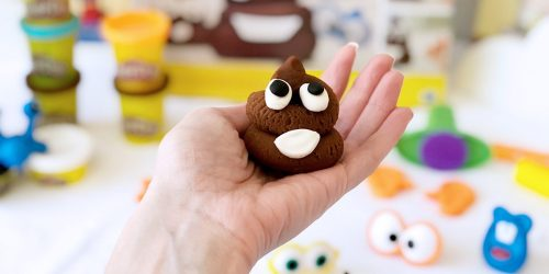Hip2Poop Giveaway: FIVE Win This Poop Troop Play-Doh Set