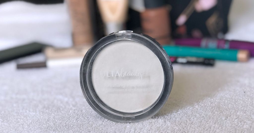 emily's makeup bag — ulta beauty translucent powder