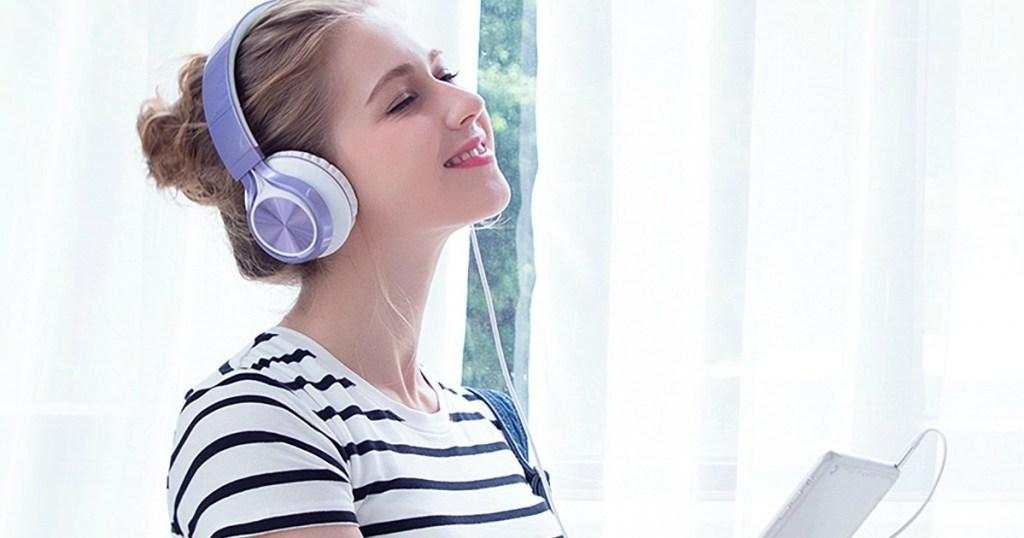 AILIHEN Foldable Wired Headphones