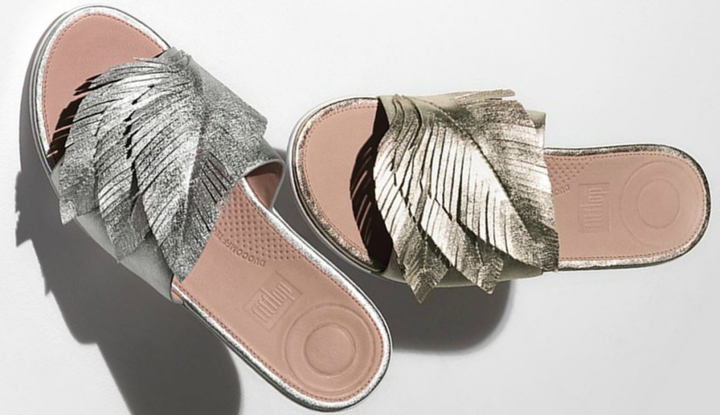 FitFlop Women's Feather Sola Leather Slides in Gold and Silver
