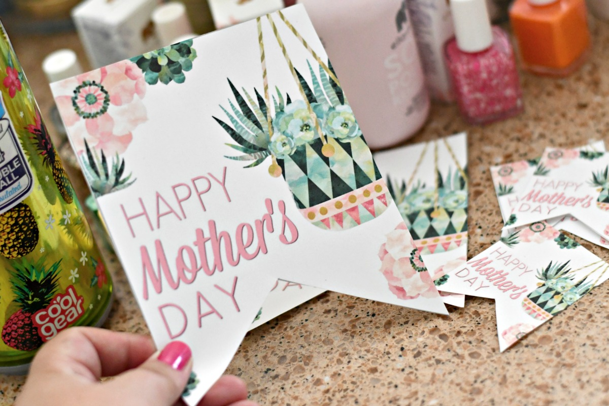 Free mother's day printables gift tags on hip2save.com