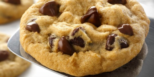 Free Mrs. Fields Cookie for Verizon Up Rewards Members (No Credits Needed)