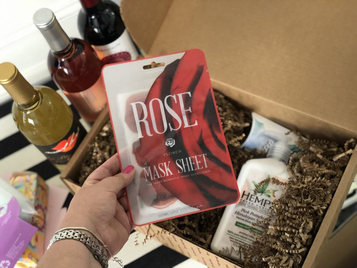 rose mask sheet in a vine oh! box