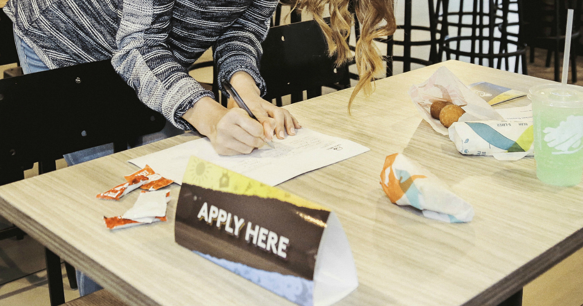Taco Bell Hiring Party apply here sign