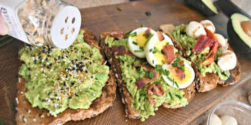 Make the Ultimate Mashed Avocado Toast!