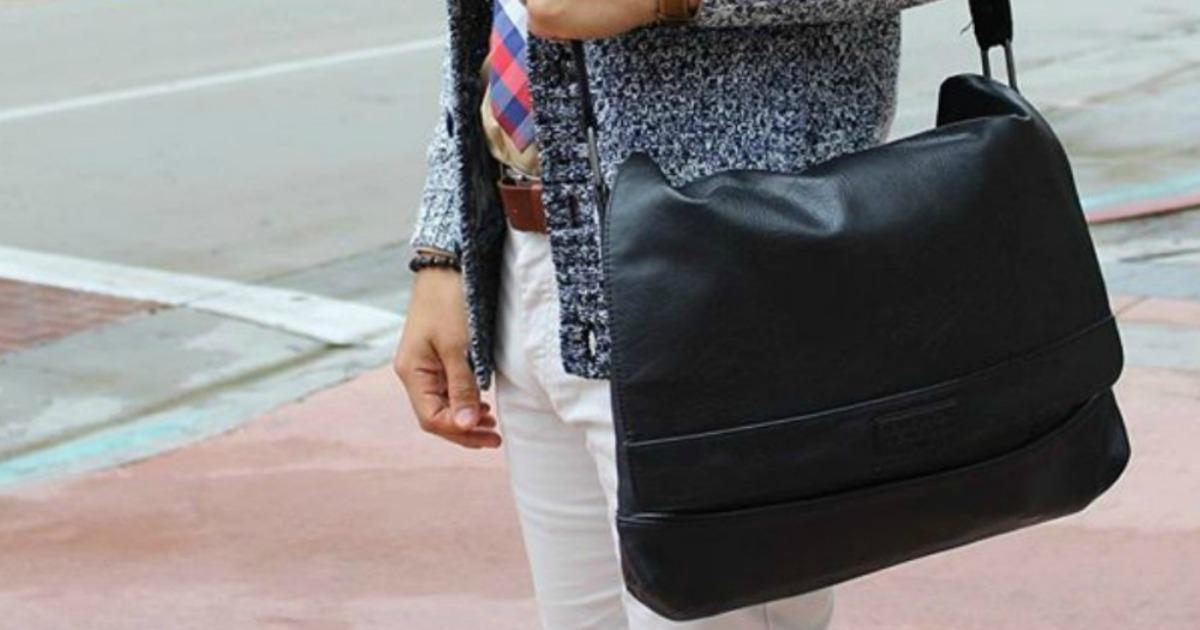 Kenneth Cole Reaction Men/'s Pebbled Messenger Bag