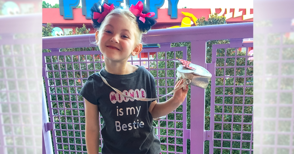 "happy friday – girl wearing diy disney shirt that reads ""minnie is my bestie"""