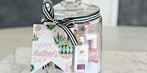DIY Mother's Day Gifts in a Jar (Free Printable Gift Tags Included!)
