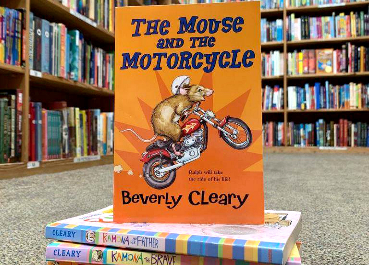 Half Price Books Summer Reading – Mouse and the Motorcycle closeup