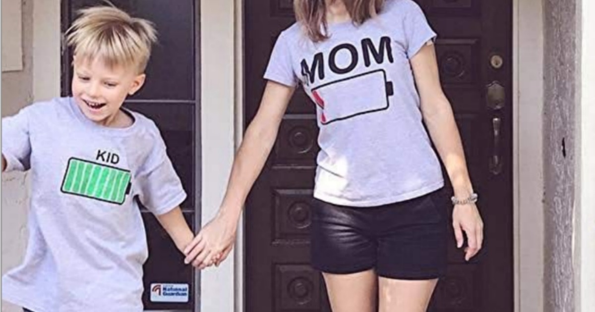 Mom battery t-shirt