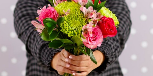 Huge ProFlowers Flower Bouquet, Vase, Card AND Chocolates Only $15.96 Delivered