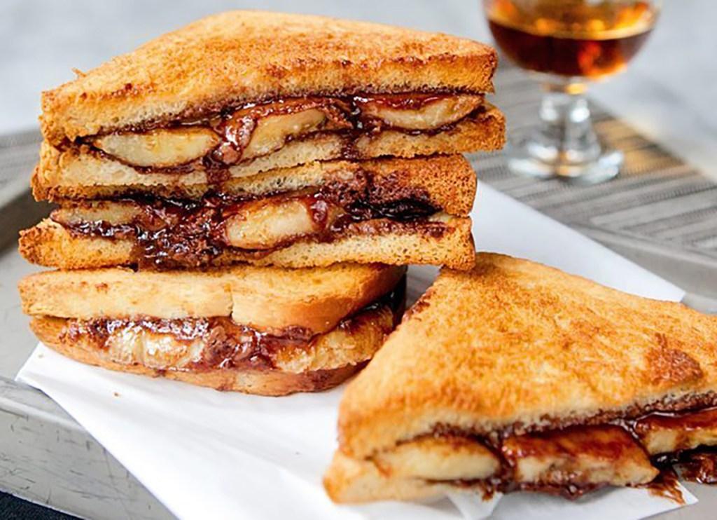 air fryer banana nutella sandwich