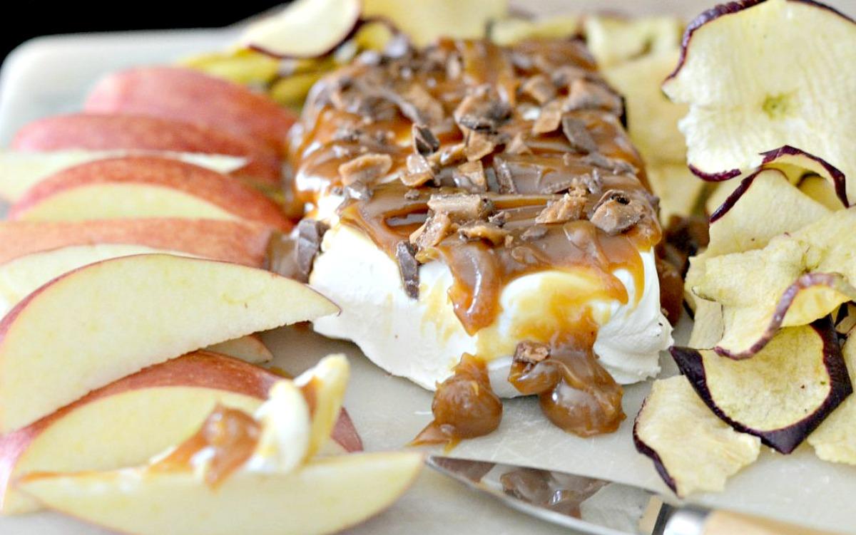 cream cheese caramel apple dip