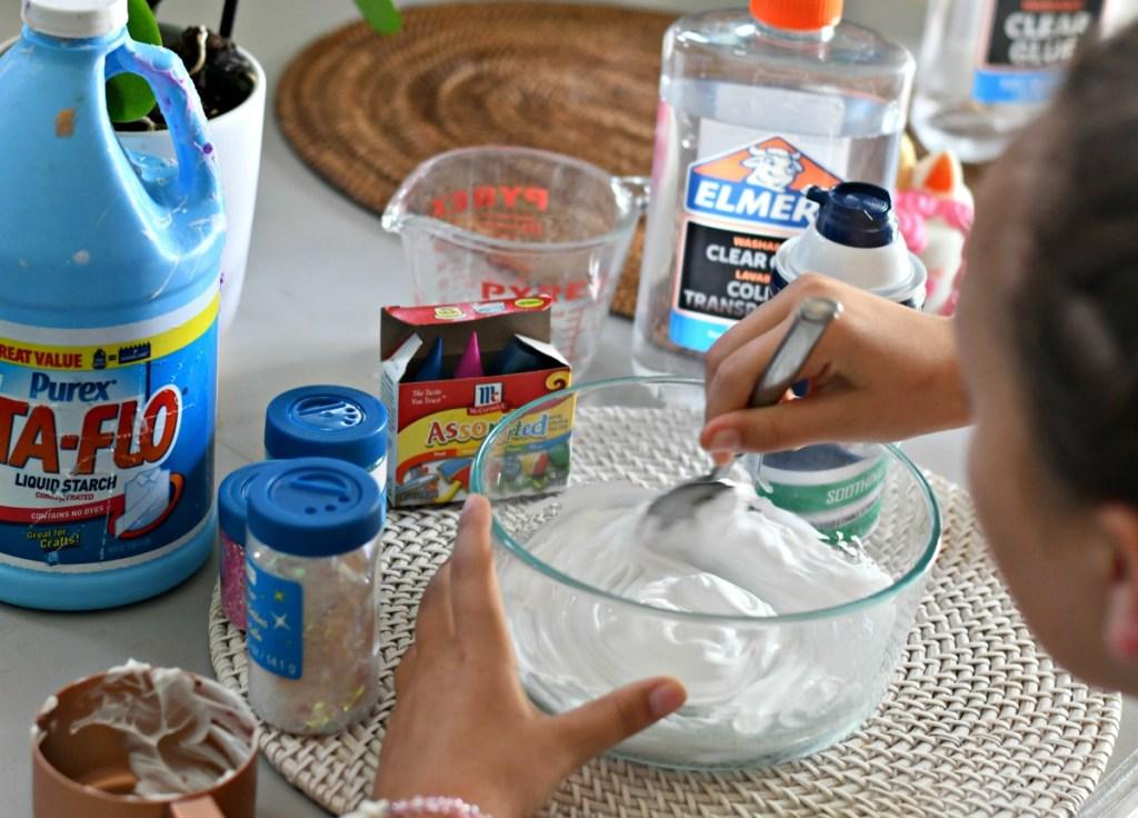 using shaving cream to make puffy slime