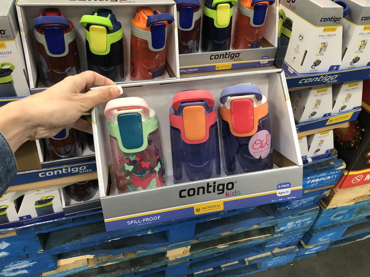 hand holding Contigo Water Bottles at Sam's Club
