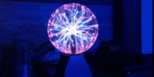 Creative Motion 7″ Plasma Ball Only $14 (Regularly $35)