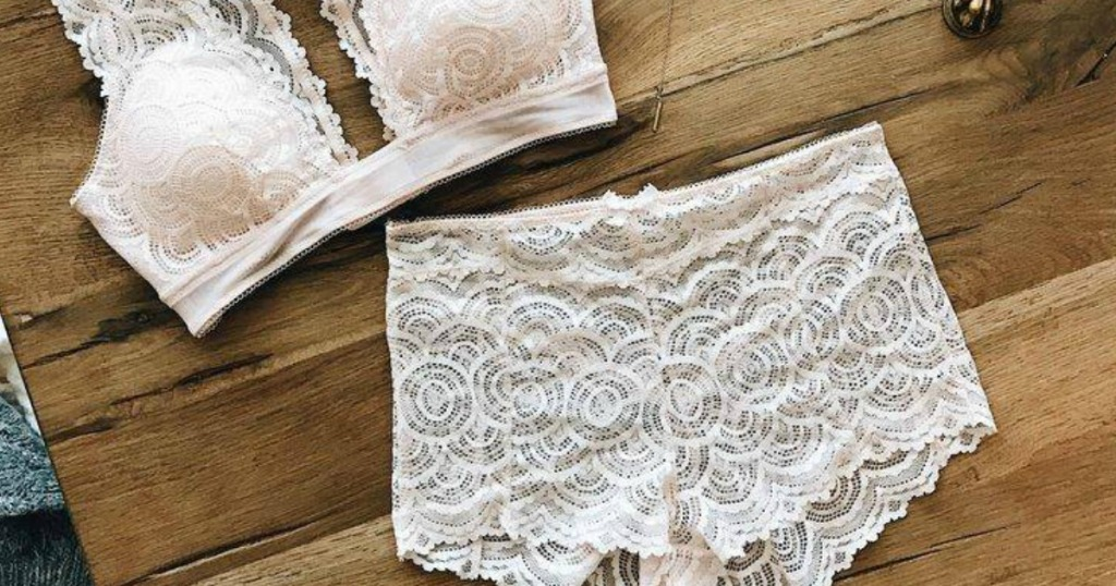 fredericks of hollywood white lace panties and bra