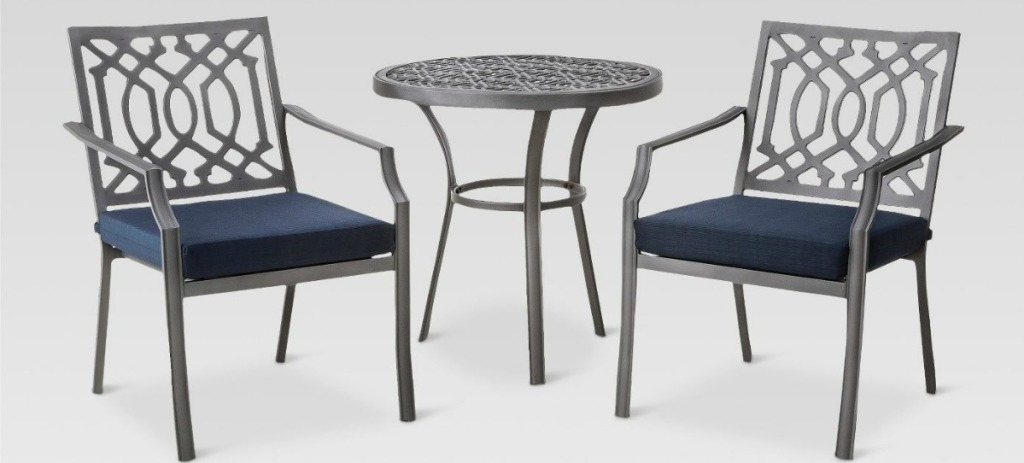 Harper Bistro Set with two metal chairs and round table