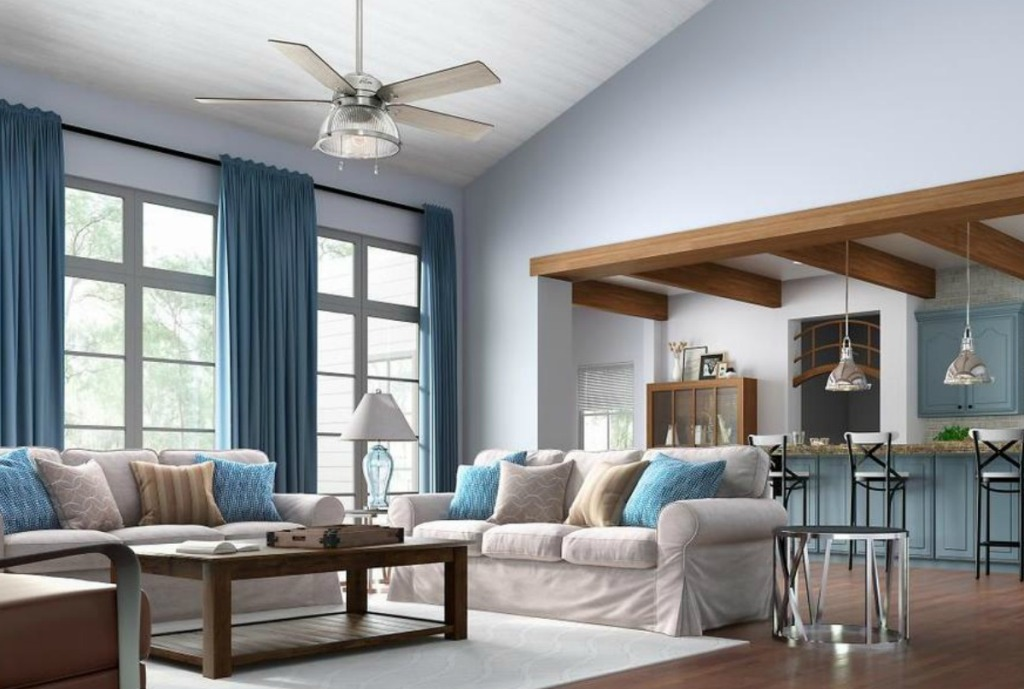 Hunter Large ceiling fan in living room with couch