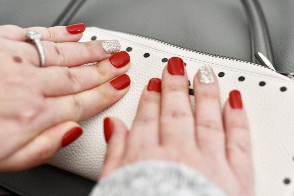 Impress Nails in red and gold