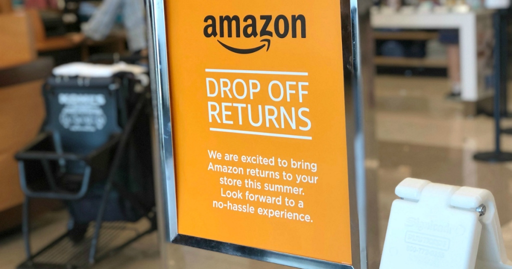 sign at Kohl's showing Amazon drop off returns
