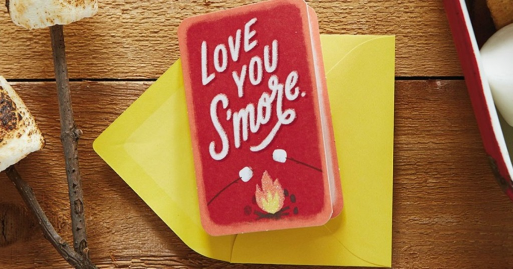 Love you S'more Card on wooden background