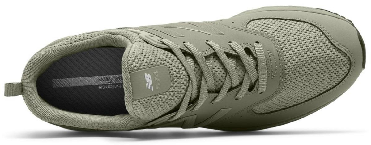Men's green New Balnce 574 sport shoes