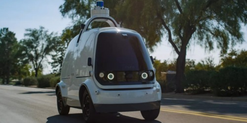 Self-Driving Cars Are Now Delivering Domino's Pizza