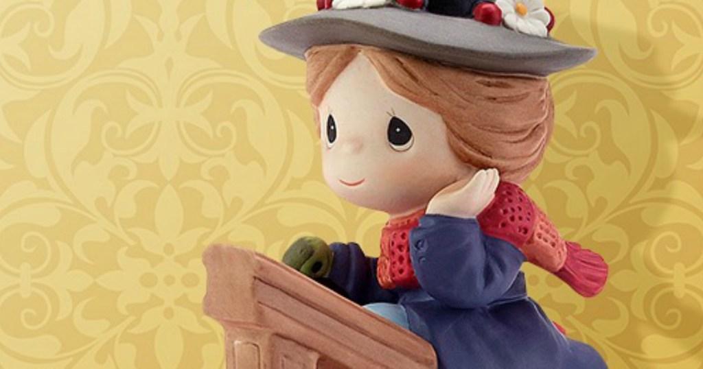 Disney Showcase Collections Figurine