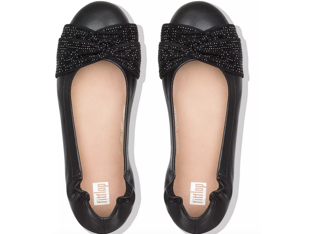 Fit flop ballet flats in black as seen from above