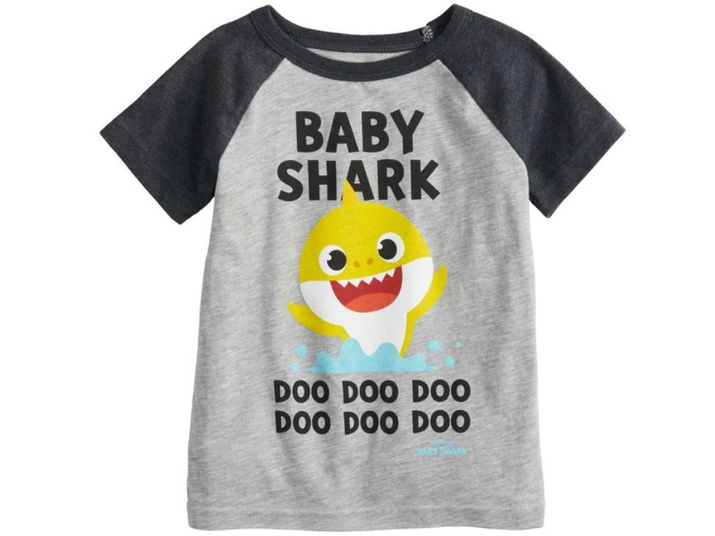 "e83a97de9 Toddler Boy Jumping Beans ""Baby Shark Doo Doo Doo Doo"" Raglan Graphic Tee  $8 (regularly $12.99) Use promo code SAVE20 (20% off) Final cost $6.40!"