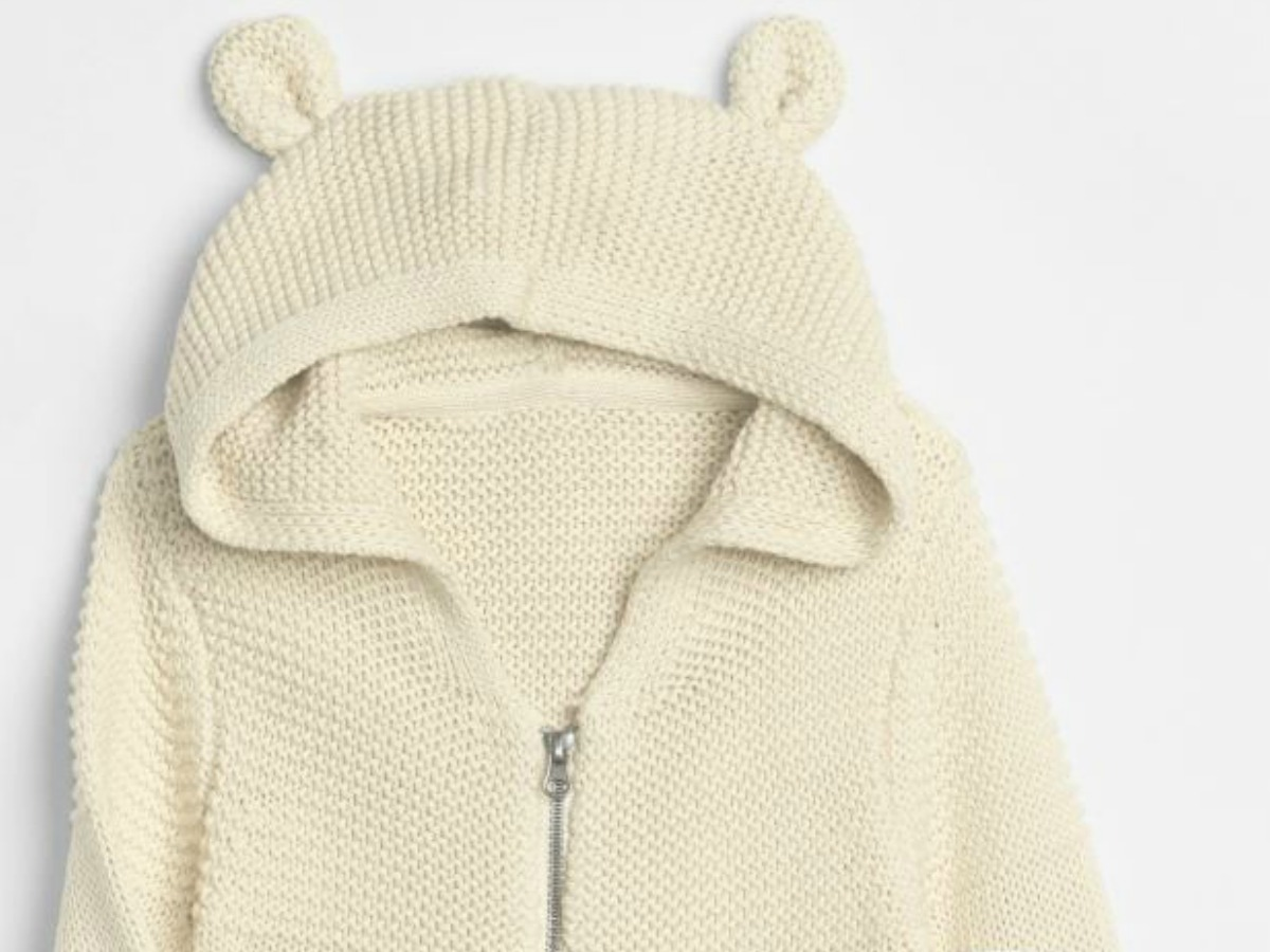 white knit hooded sweater with bear ears