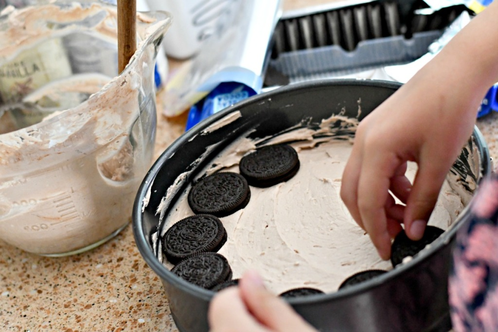using a springform pan to make oreo ice box cake