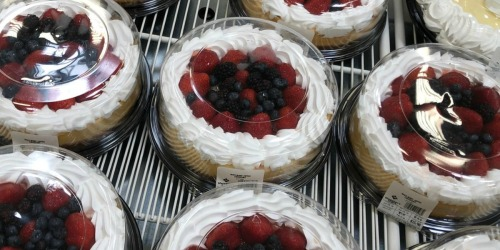 This Festive Cheesecake from Sam's Club Weighs Over 4lbs & Will Feed 12