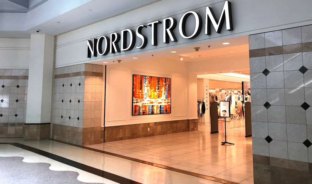 nordstrom store front on nordstrom anniversary sale day