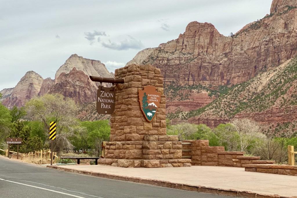 zion national park entrance