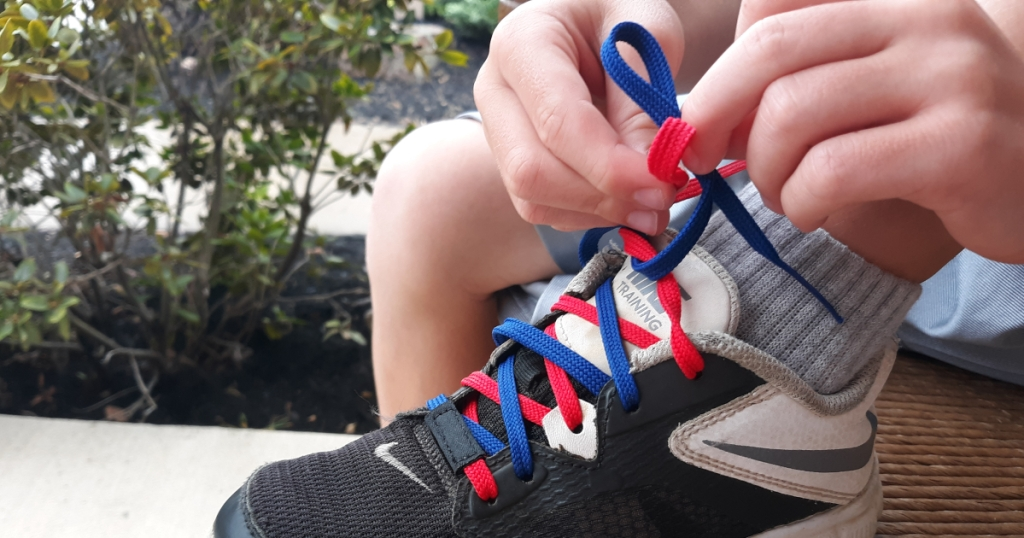 dual colored shoelaces
