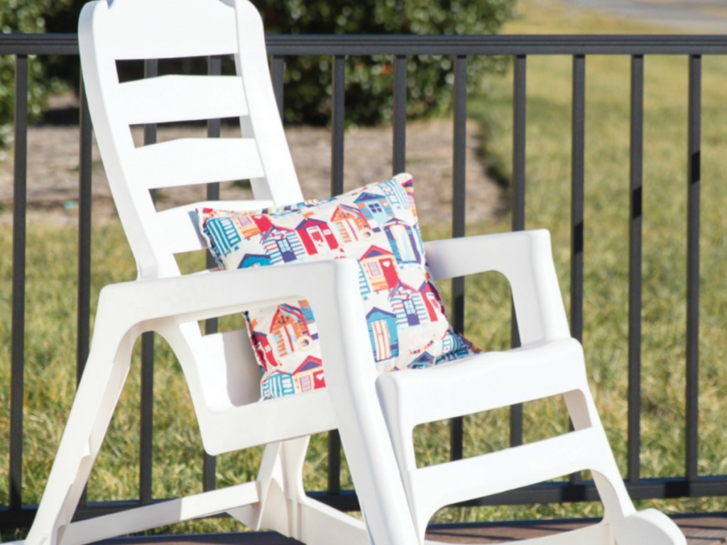 50 Off Stackable Outdoor Chairs Amp Rockers At Lowe S