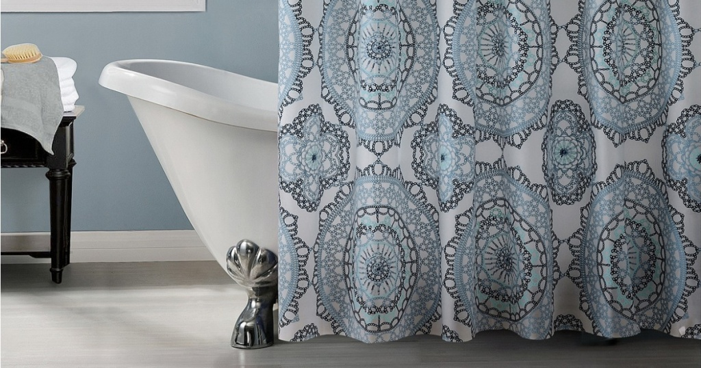 patterned shower curtain in bathroom