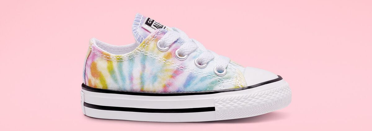 Converse Tie Dye shoe