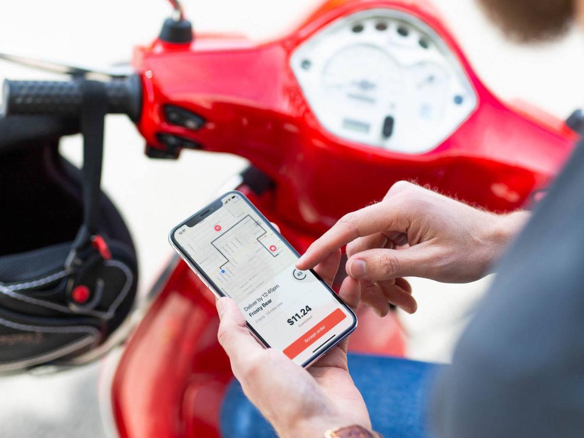 doordash app on moped