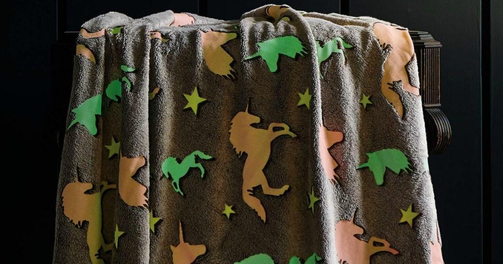 Unicorn print glow in the dark grey throw blanket