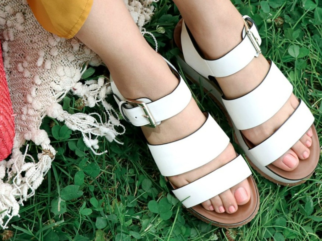 Naturalizer Billie Sandals in White on grass