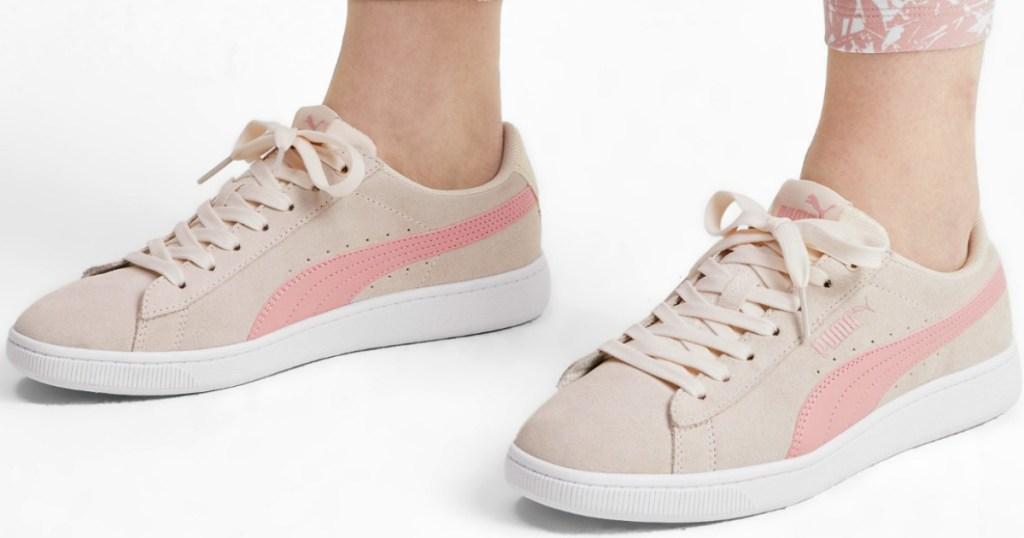 PUMA Vikky v2 Women's Sneakers