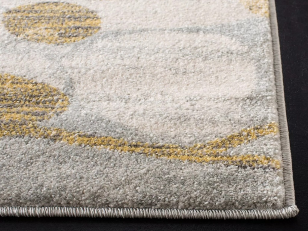 Safavieh Castor Rug in gold and tan