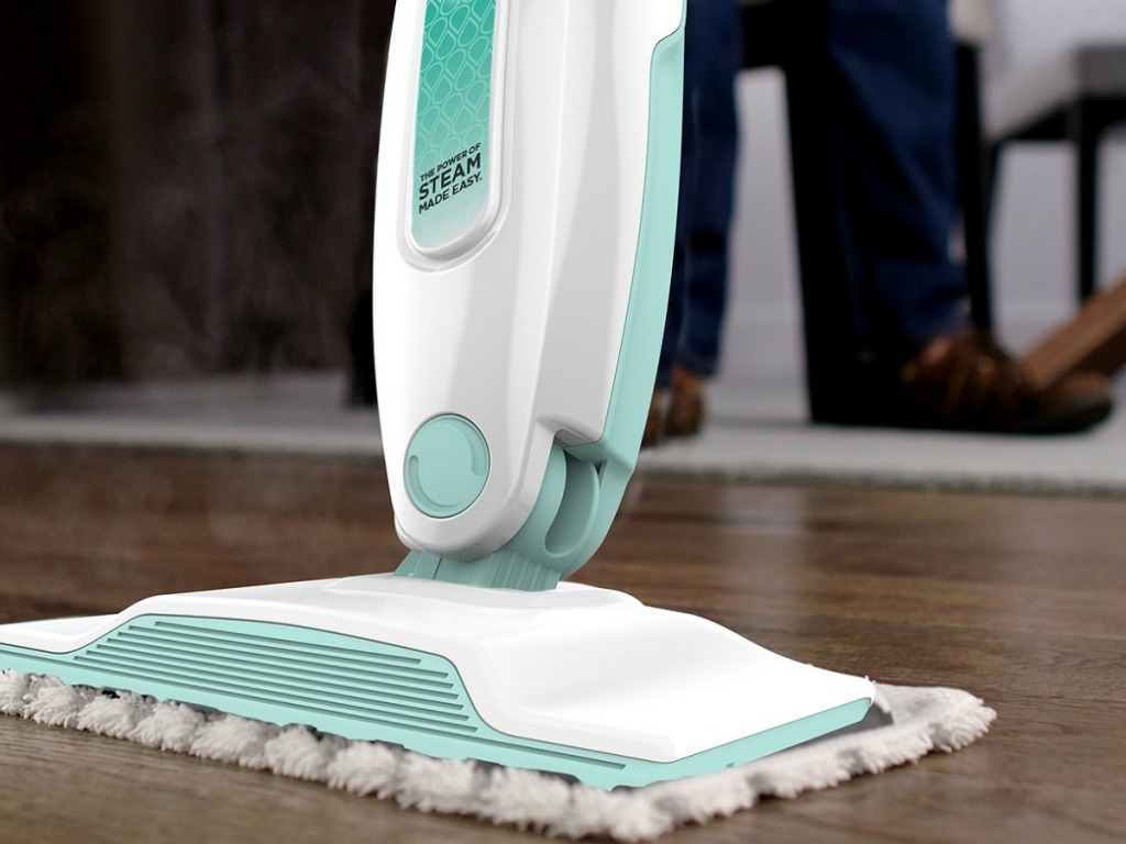 Shark S1000 Steam Mop close up front view cleaning wood floor