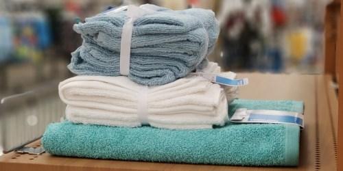 Room Essentials Bath Towel, 6 Washcloths & 2 Hand Towels Just $5.50 at Target